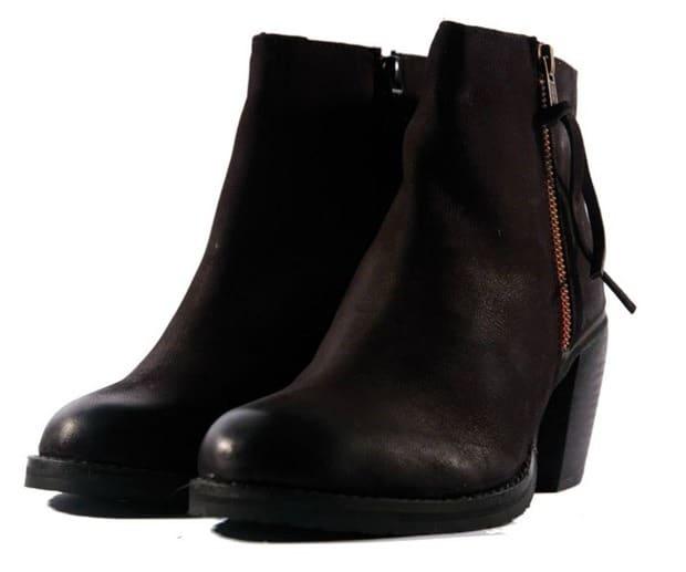 Lazamani All About Shoes