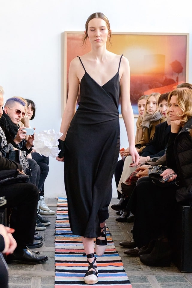ania_kuczynska_ss_2014_illuminate_runway_show_11