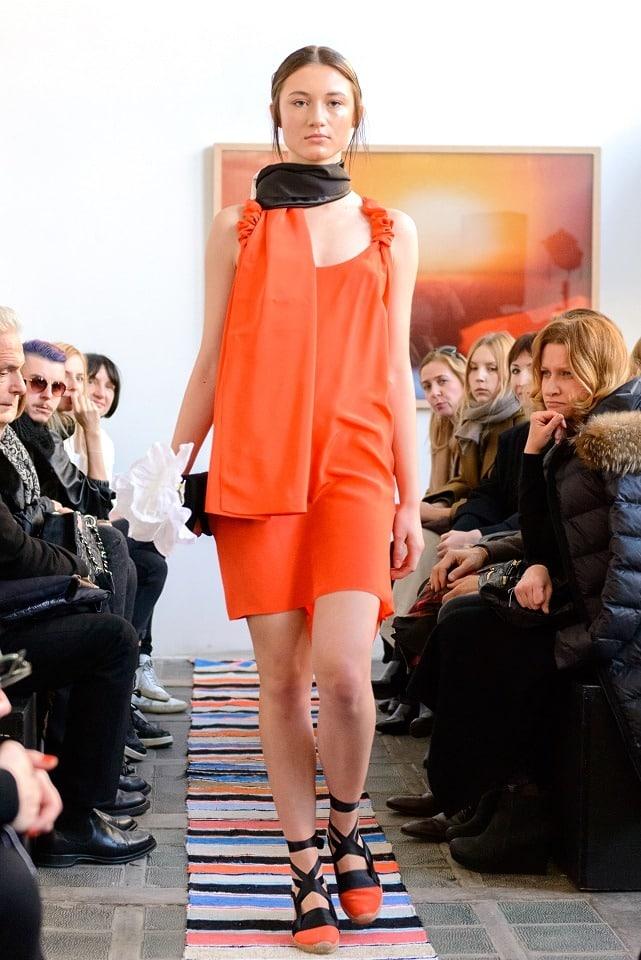 ania_kuczynska_ss_2014_illuminate_runway_show_12