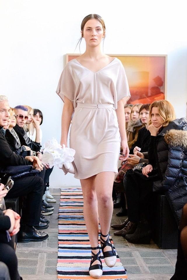 ania_kuczynska_ss_2014_illuminate_runway_show_20