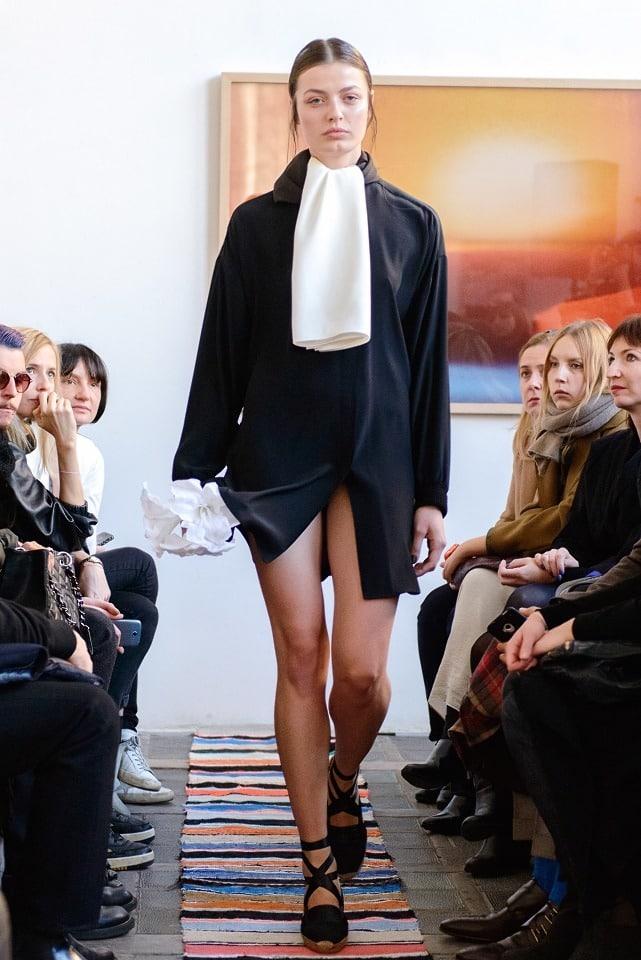 ania_kuczynska_ss_2014_illuminate_runway_show_25