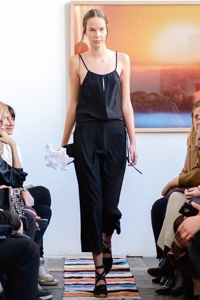 ania_kuczynska_ss_2014_illuminate_runway_show_27