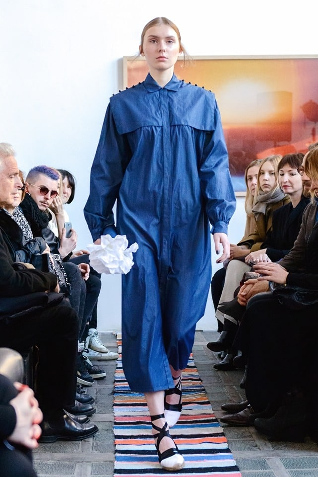 ania_kuczynska_ss_2014_illuminate_runway_show_3