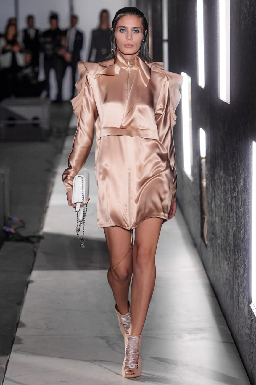 43_MACIEJ_ZIEN-160218_lowres_fotFilipOkopny-FashionImages