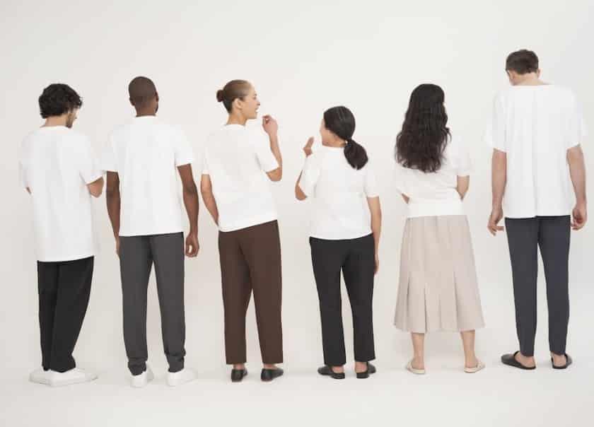 COS. Biały T-shirt