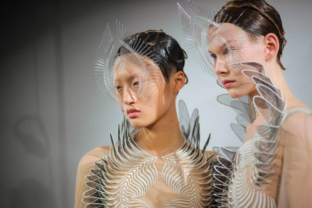 Alchemic Couture. Iris van Herpen w Starym Browarze.